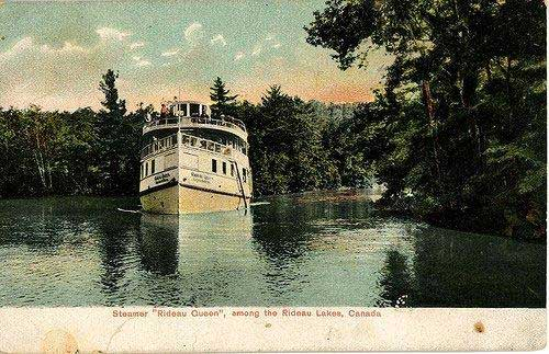 Postcard of the Rideau Queen.